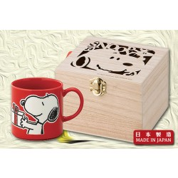 "Snoopy ""Happy Holiday"" Mug杯