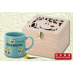 "Snoopy ""Follow Me"" Mug杯
